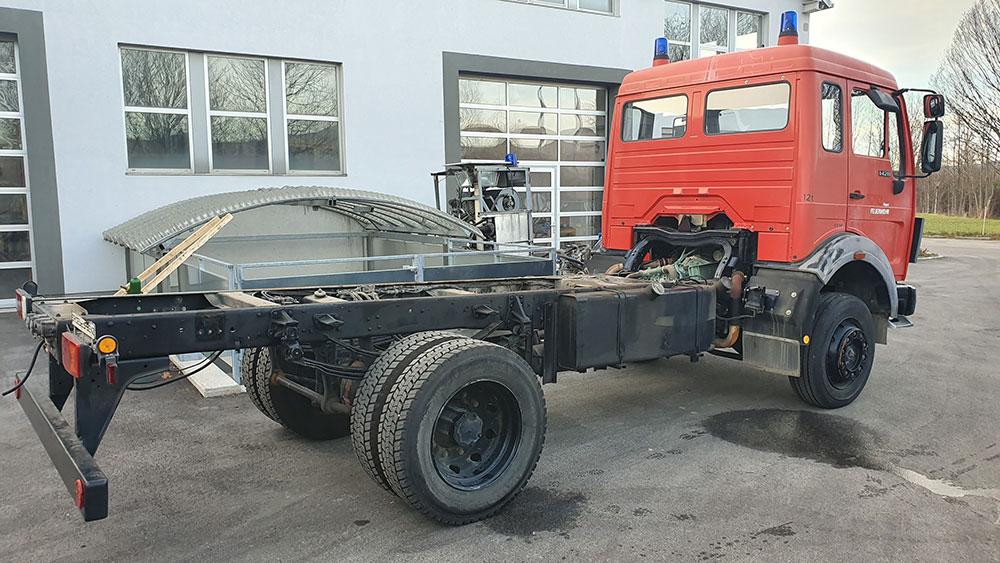 MercedesMB1428